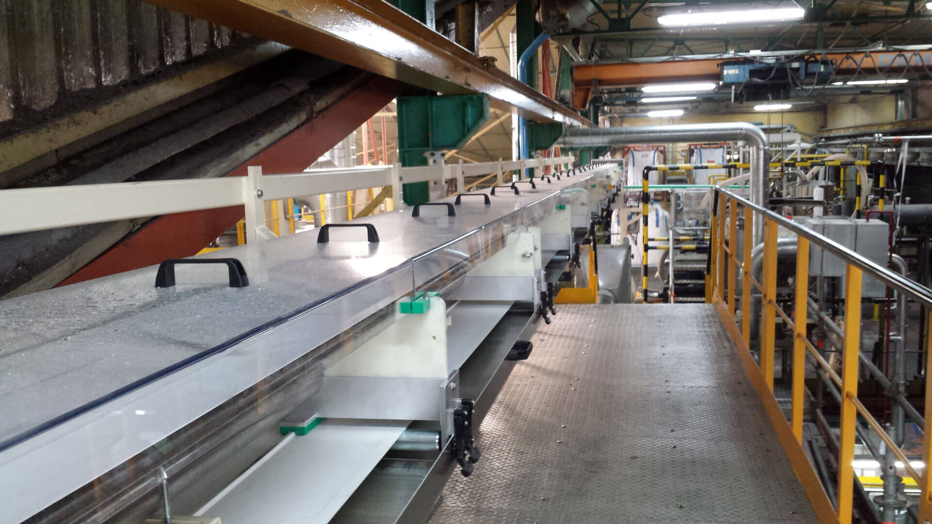 Fiberglass-belt conveyors
