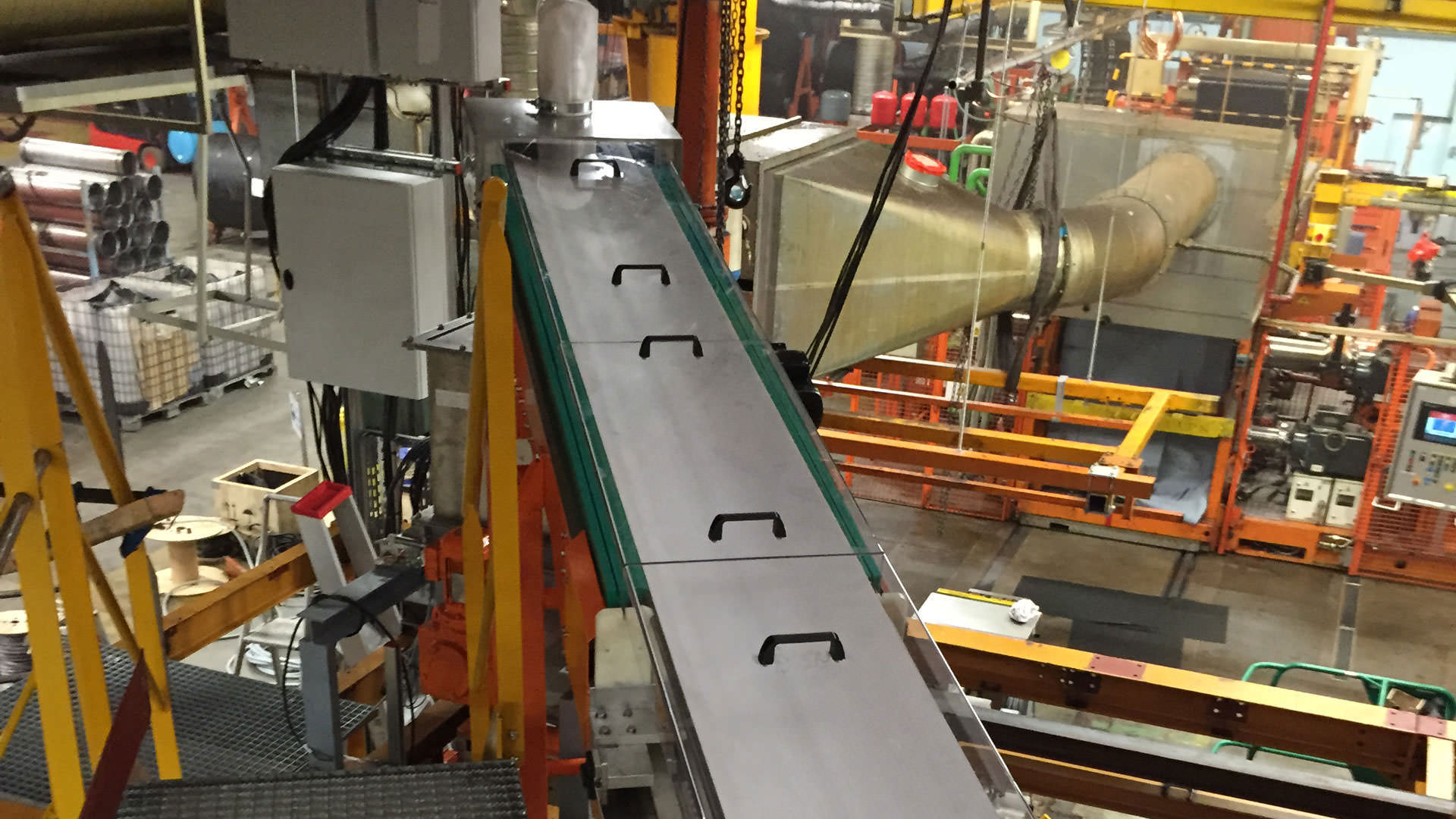 Powder conveyors