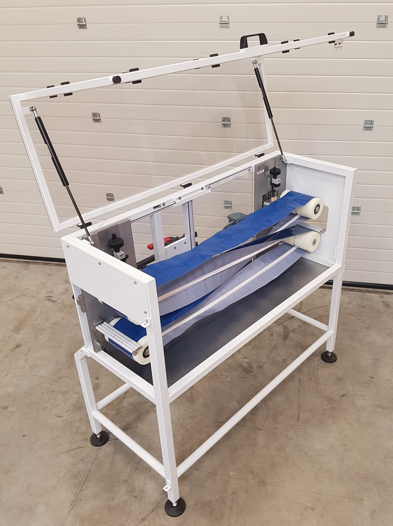 Conveyors with additional functions